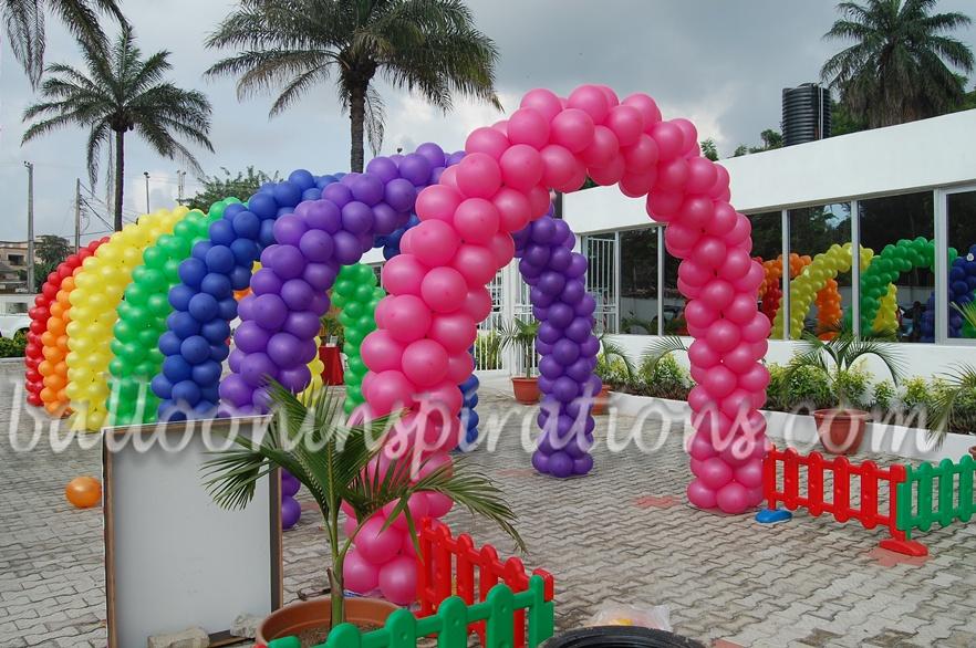 Carnival Themed Party Decorations Tunnel Roach